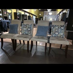 Suede chairs (4)